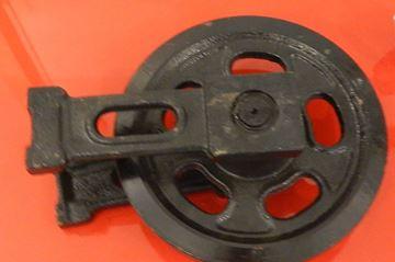 Изображение Натяжное колесо вкл. скобки - общая высота колеса 232/272mm za Atlas Minibagger 404R AB404R Cat Caterpillar 301.7D 301-7D Wacker Neuson 2003 1403 1404 1302RD 1302RDV 1702RD 1702RDV